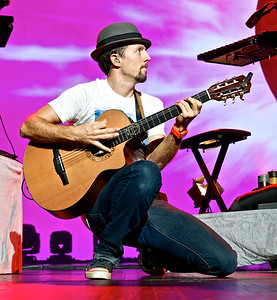 Jason Mraz and Raining Jane at Radio City Music Hall